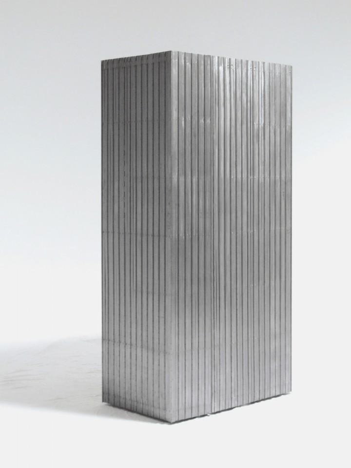 Version 1: Metal Hinges