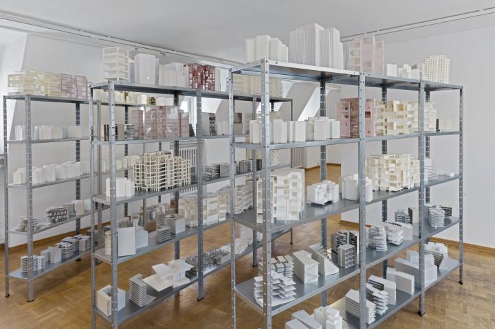 """Ausstellung """"Kuenstler als Auftraggeber"""" im Bielefelder Kunstverein, 2015."""